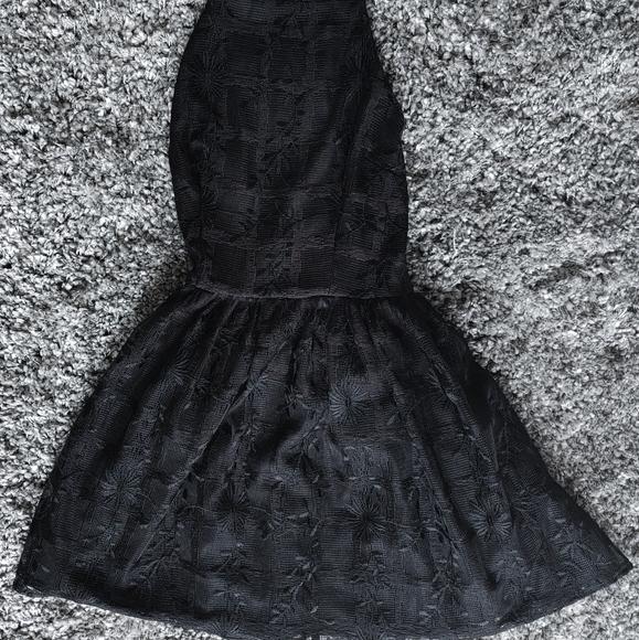 Bebe Black Tulip Mini Halter Dress